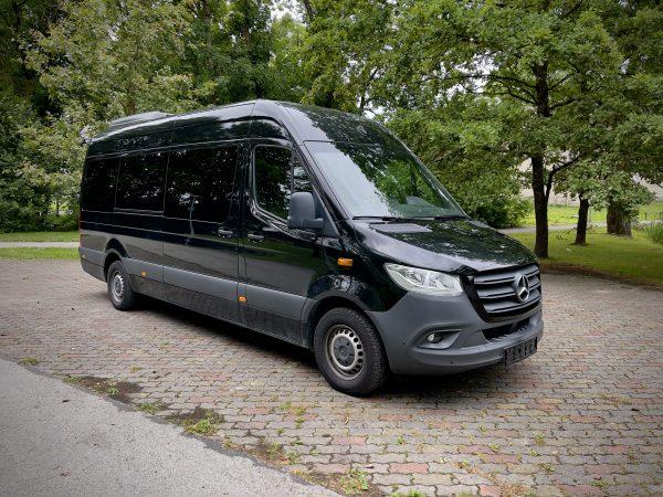 Mercedes Benz Sprinter 9-kohta rent