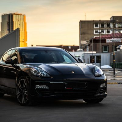 Porsche Panamera Sport Chrono diisel rent